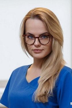 Aušra Dembinskaitė gydytojaendodontologė, odontologė